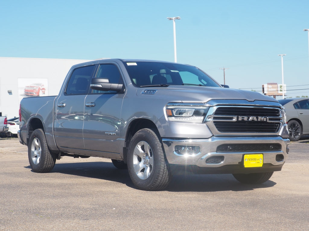 2019 Ram 1500 Crew Cab, Pickup #190024 - photo 1