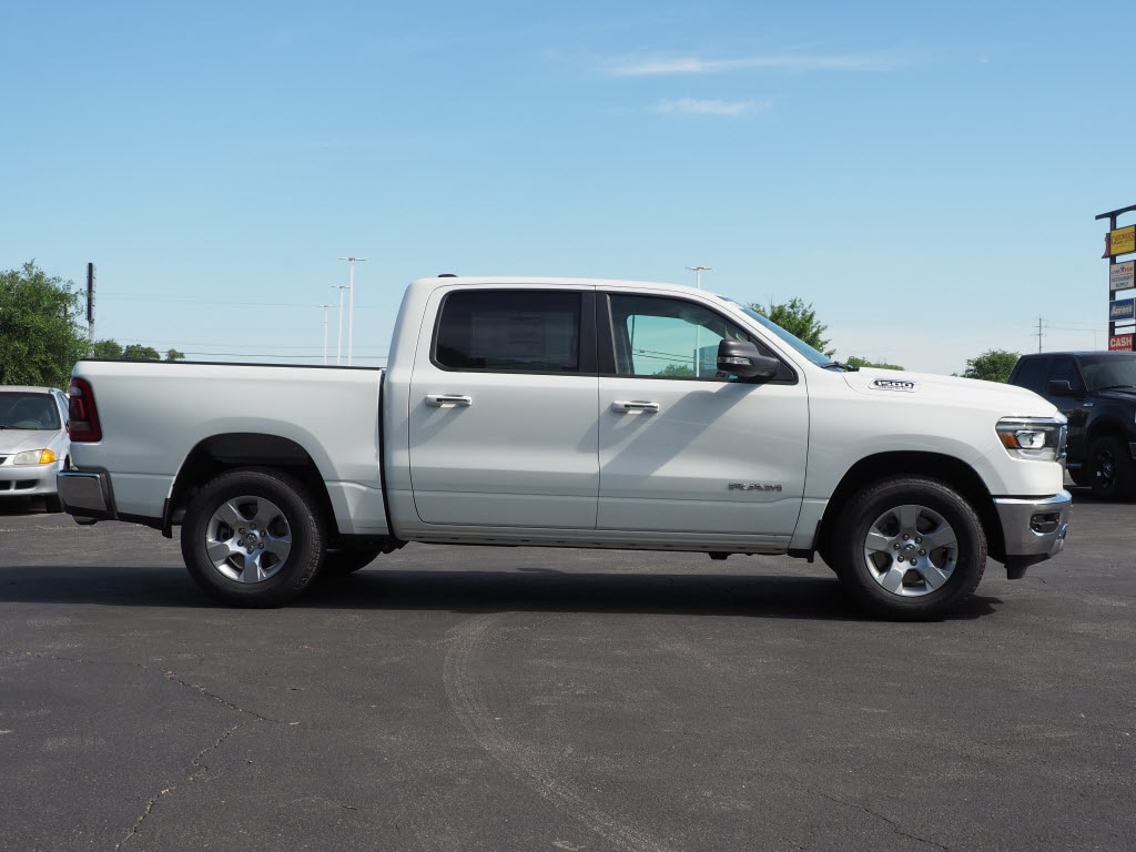 2019 Ram 1500 Crew Cab 4x2,  Pickup #190037 - photo 3