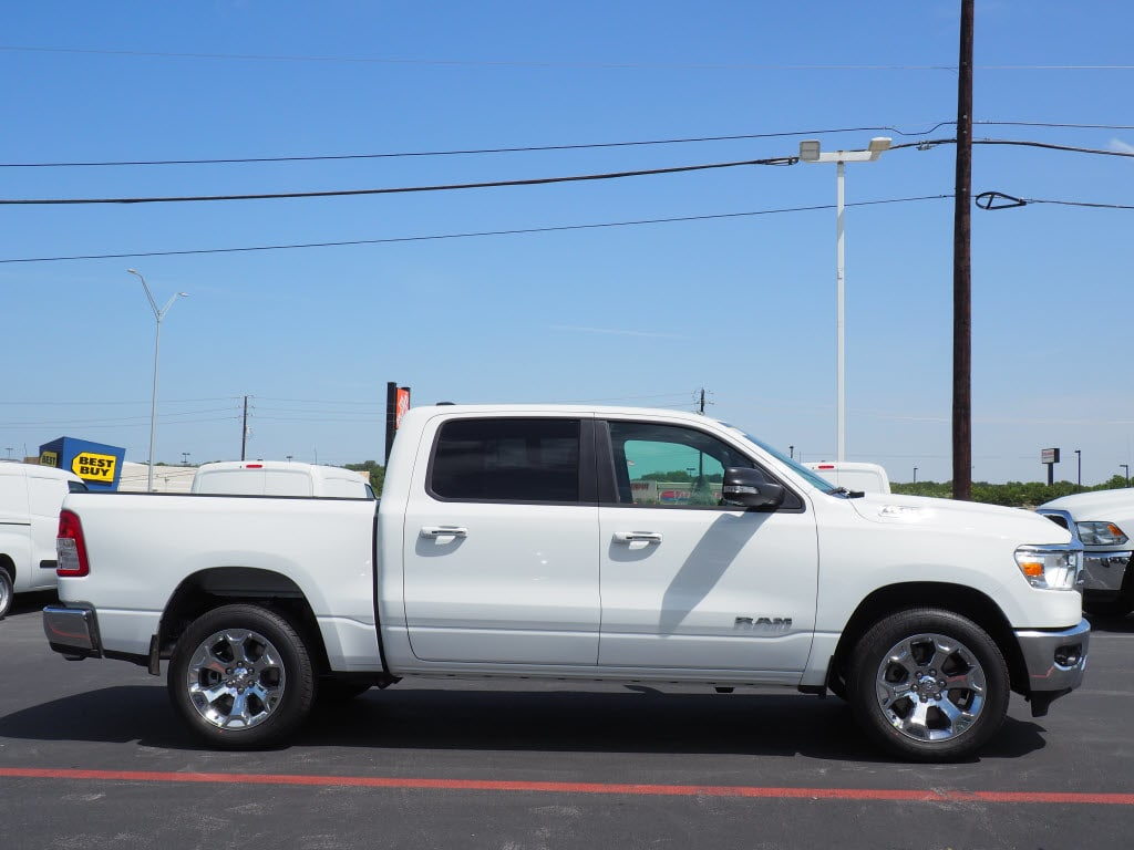2019 Ram 1500 Crew Cab 4x2,  Pickup #190130 - photo 3