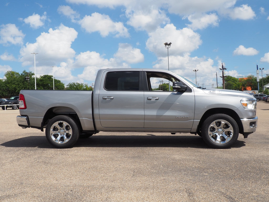 2019 Ram 1500 Crew Cab 4x2,  Pickup #190256 - photo 3