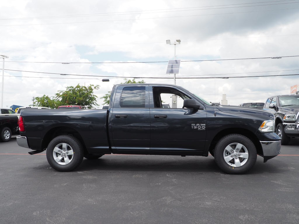 2019 Ram 1500 Quad Cab 4x2,  Pickup #190260 - photo 3