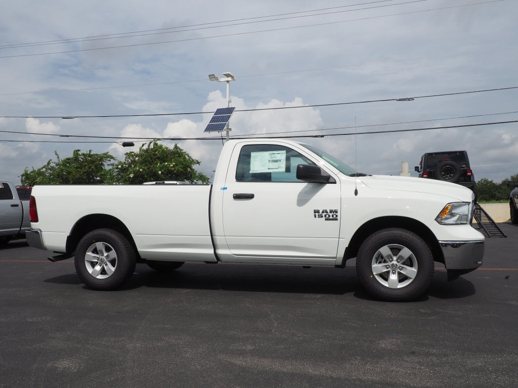 2019 Ram 1500 Regular Cab 4x2,  Pickup #190334 - photo 3