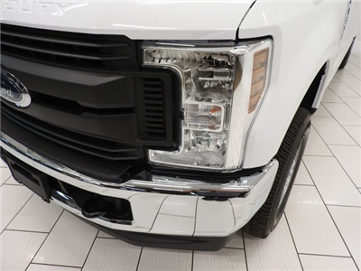 2018 F-250 Crew Cab 4x4 Pickup #JEB07040 - photo 23