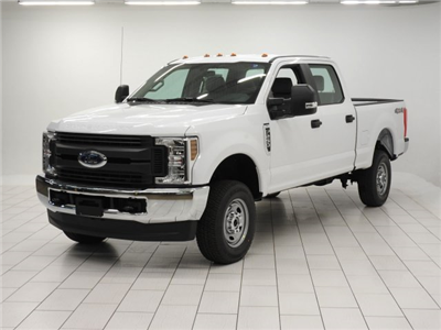 2018 F-250 Crew Cab 4x4 Pickup #JEB07040 - photo 4