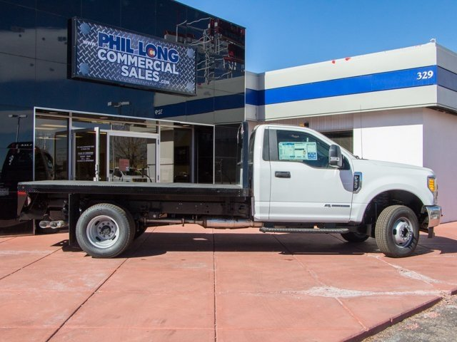 2017 F-350 Regular Cab DRW 4x4, Knapheide Platform Body #657034 - photo 4
