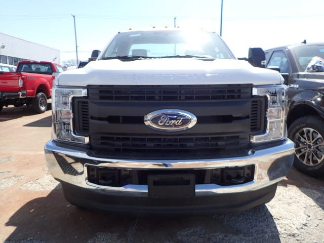 2017 F-250 Regular Cab 4x4, Pickup #T10752 - photo 3