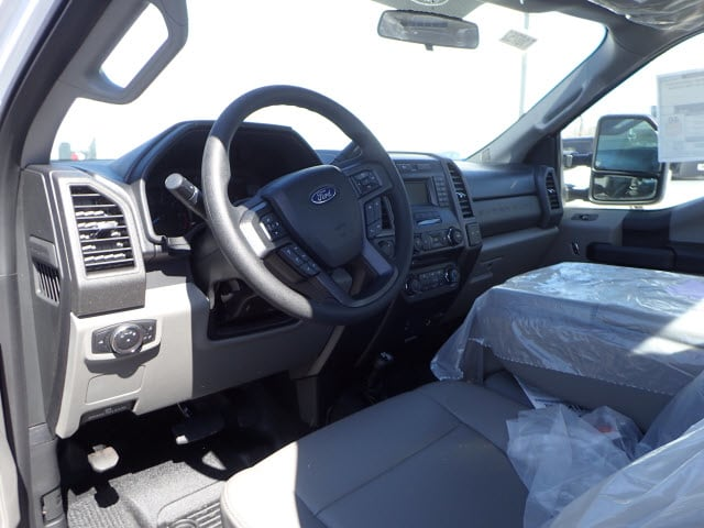 2017 F-250 Regular Cab 4x4, Pickup #T10752 - photo 6