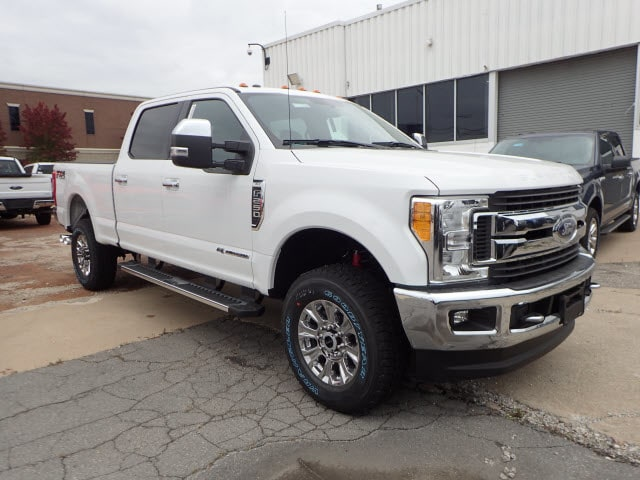2017 F-250 Crew Cab 4x4 Pickup #T11236 - photo 3