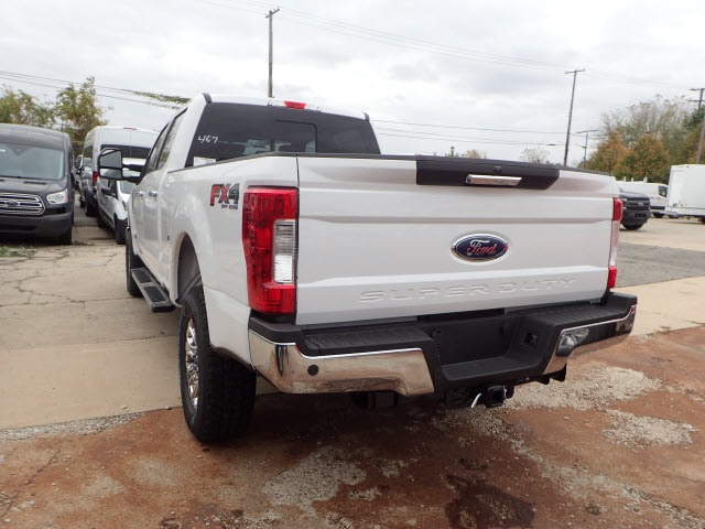 2017 F-250 Crew Cab 4x4, Pickup #T11236 - photo 2
