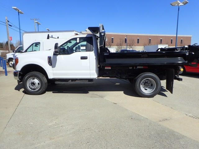 2018 F-350 Regular Cab DRW 4x4, Dump Body #T13750 - photo 6