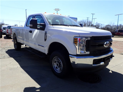 2018 F-250 Super Cab 4x4, Pickup #T13766 - photo 3