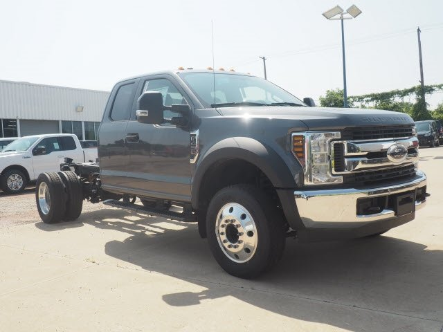 2018 F-450 Super Cab DRW 4x2,  Cab Chassis #T13918 - photo 2