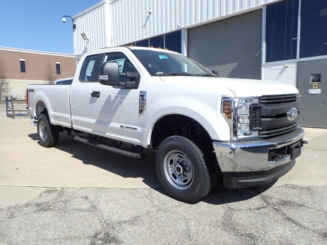 2018 F-250 Super Cab 4x4,  Pickup #T13920 - photo 3
