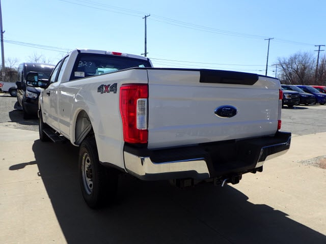 2018 F-250 Super Cab 4x4,  Pickup #T13920 - photo 2