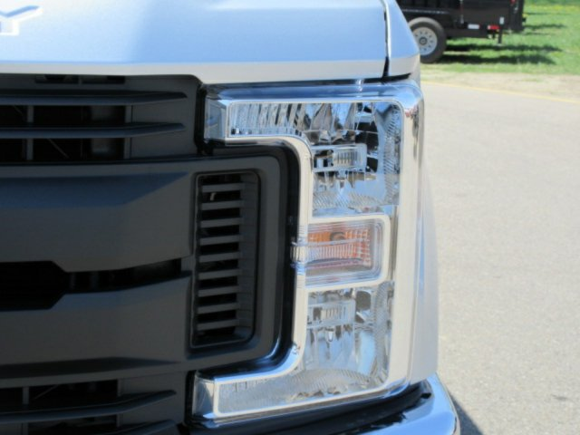 2018 F-350 Crew Cab 4x4,  Pickup #F4008 - photo 8