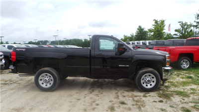 2016 Silverado 3500 Regular Cab 4x4, Pickup #GZ424189 - photo 3