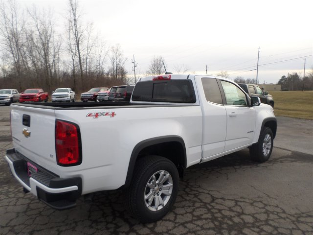 2017 Colorado Double Cab 4x4, Pickup #H1147289 - photo 5