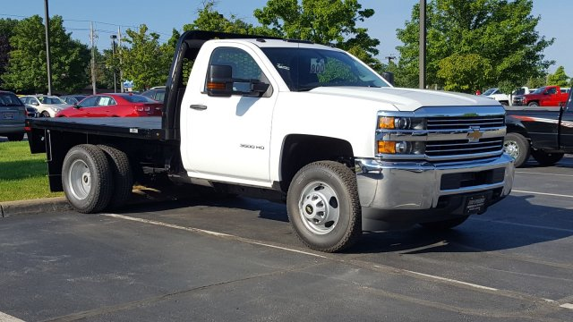 2017 Silverado 3500 Regular Cab DRW, Knapheide PGNB Gooseneck Platform Body #HZ399193 - photo 1