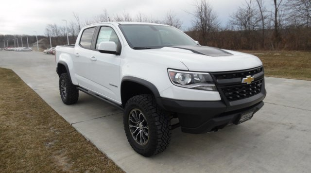 2018 Colorado Crew Cab 4x4,  Pickup #J1160081 - photo 3
