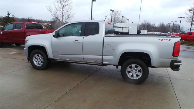 2018 Colorado Extended Cab 4x4, Pickup #J1184944 - photo 2