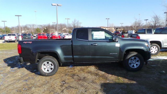 2018 Colorado Extended Cab 4x4, Pickup #J1205733 - photo 4