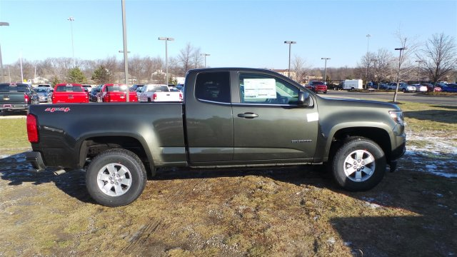 2018 Colorado Extended Cab 4x4, Pickup #J1208361 - photo 4