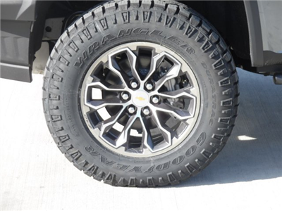 2018 Colorado Crew Cab 4x4,  Pickup #J1228919 - photo 5