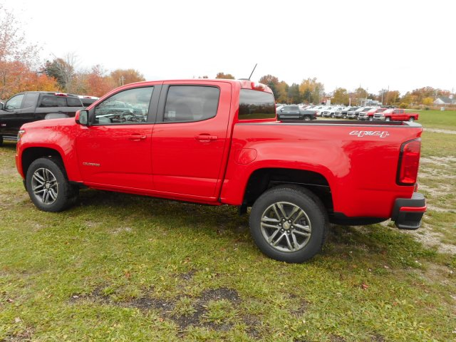 2019 Colorado Crew Cab 4x4,  Pickup #K1158075 - photo 2
