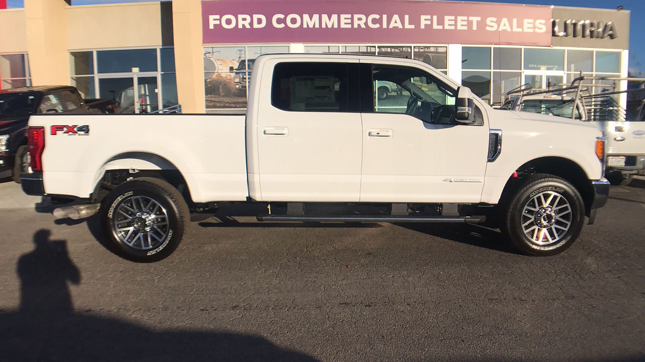 2017 F-250 Crew Cab 4x4 Pickup #HEE71946 - photo 6