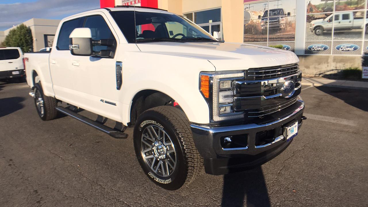 2017 F-250 Crew Cab 4x4, Pickup #HEE71946 - photo 3
