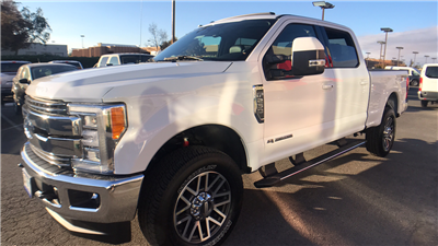 2017 F-250 Crew Cab 4x4 Pickup #HEE71946 - photo 1