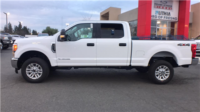 2017 F-250 Crew Cab 4x4, Pickup #HEF49362 - photo 7