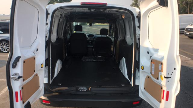 2018 Transit Connect 4x2,  Empty Cargo Van #J1379482 - photo 2