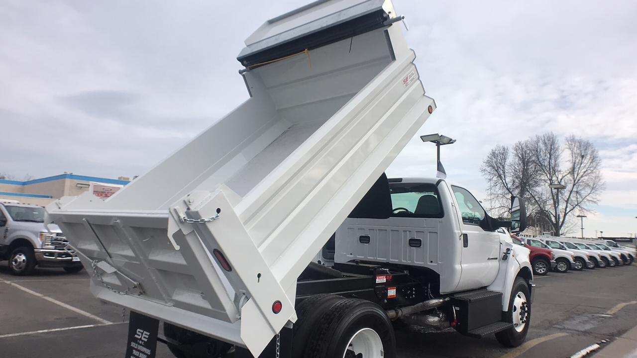 2018 F-650 Regular Cab DRW, Scelzi Dump Body #JDF02111 - photo 5