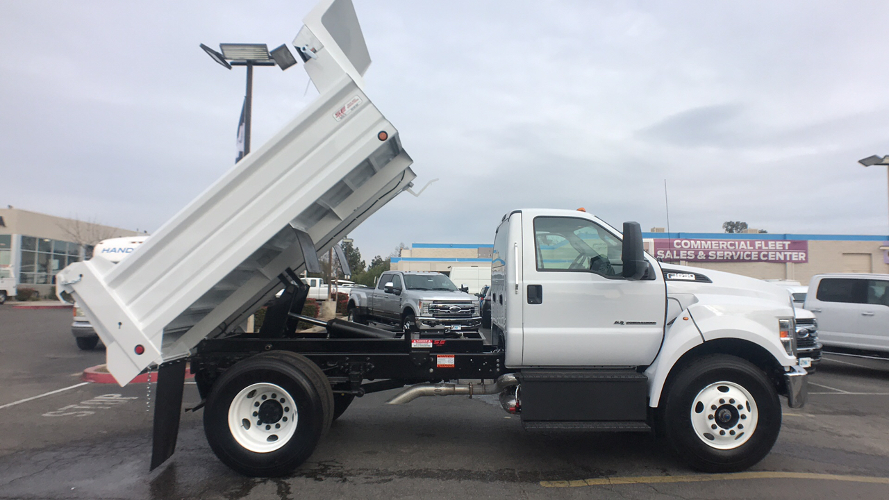 2018 F-650 Regular Cab DRW 4x2,  Scelzi Dump Body #JDF02111 - photo 3