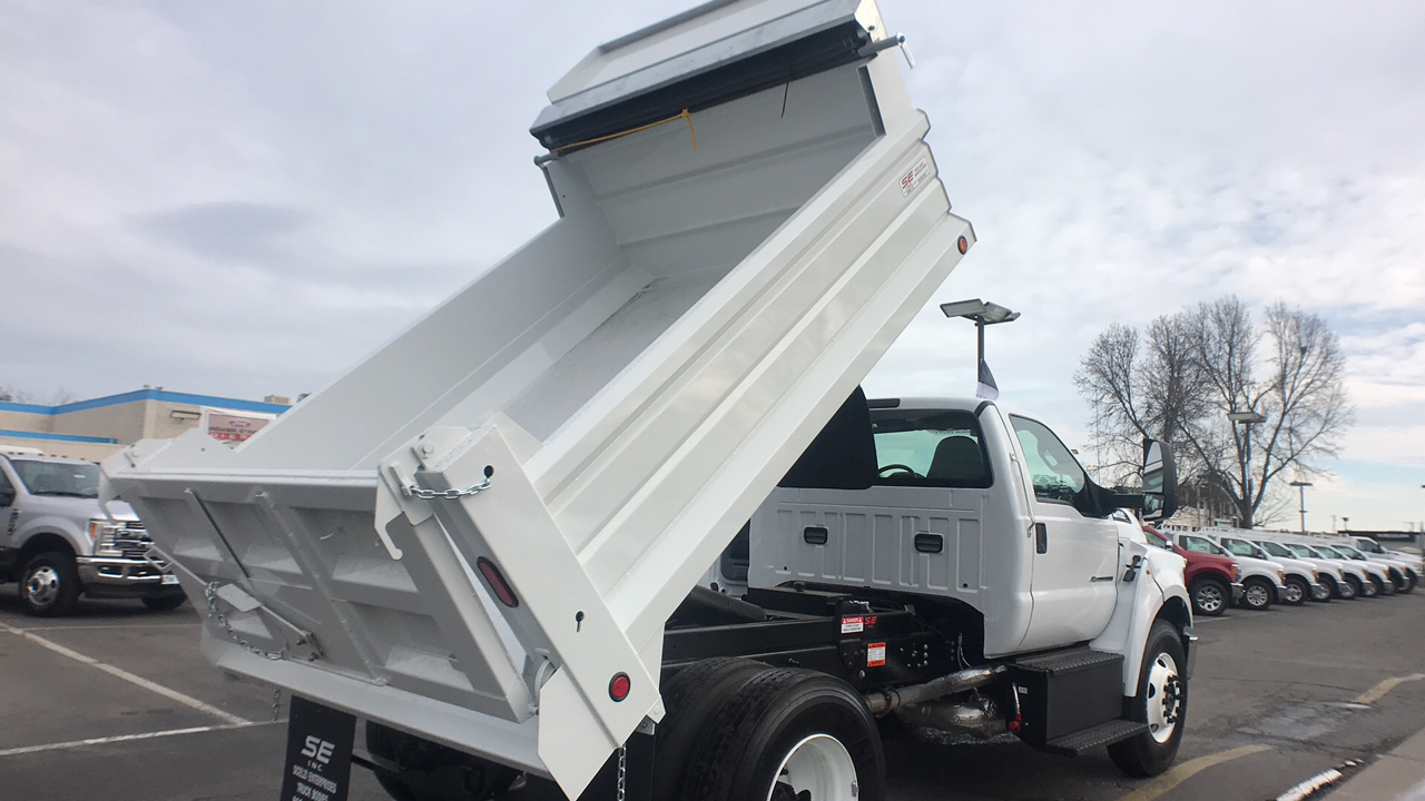 2018 F-650 Regular Cab DRW 4x2,  Scelzi Dump Body #JDF02111 - photo 2