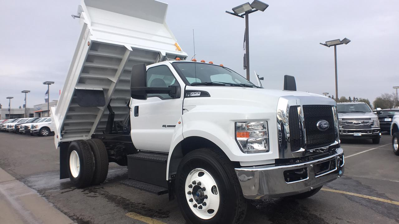 2018 F-650 Regular Cab DRW, Scelzi Dump Body #JDF02111 - photo 3