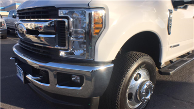 2018 F-350 Crew Cab DRW 4x4, Pickup #JEB20761 - photo 11