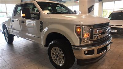 2018 F-250 Crew Cab 4x4,  Pickup #JEC80033 - photo 3