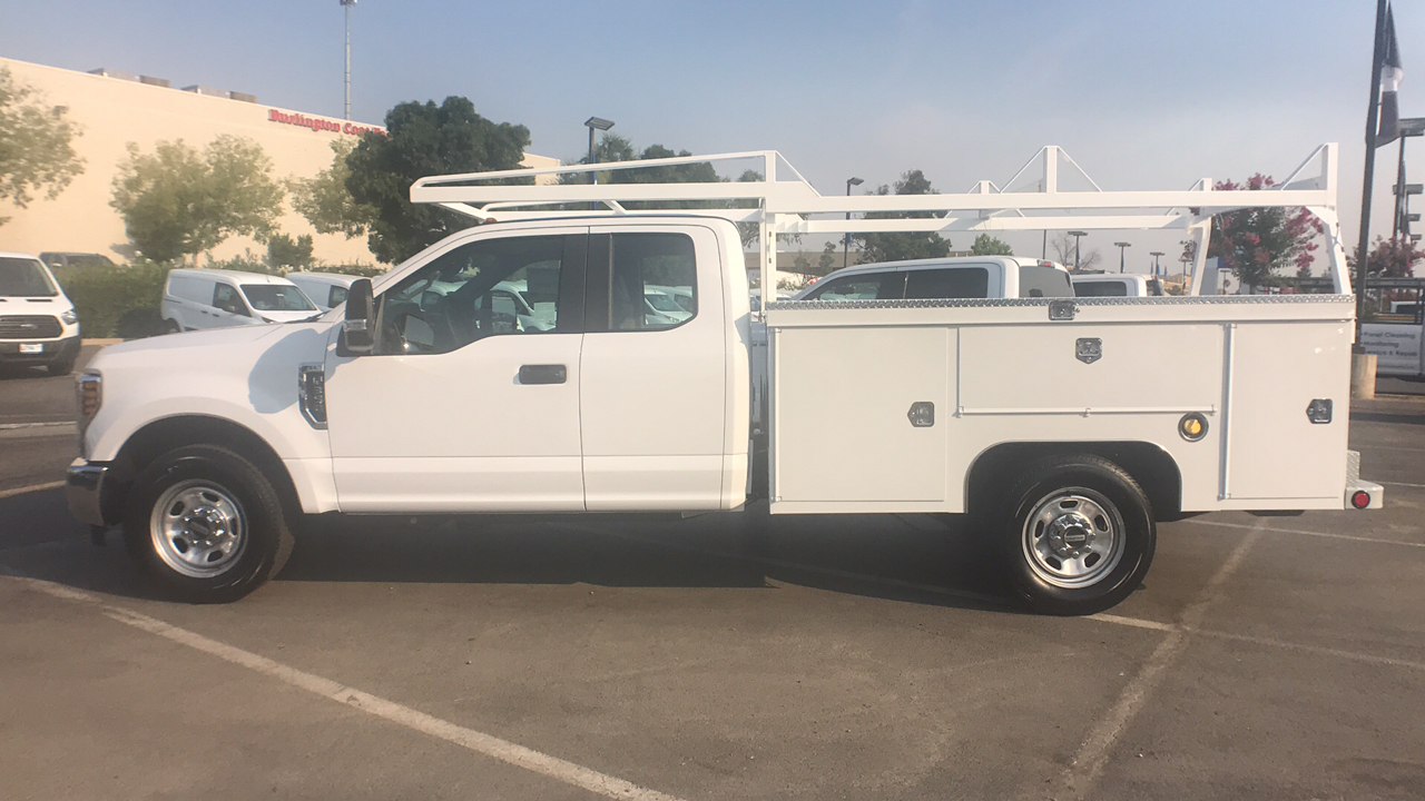 2018 F-350 Super Cab 4x2,  Scelzi Service Body #JEC82829 - photo 2