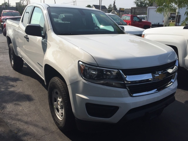 2019 Colorado Extended Cab 4x2,  Pickup #118820 - photo 3