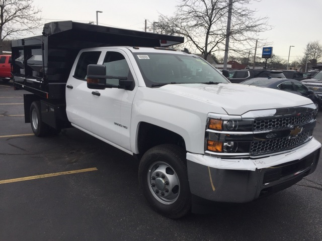 2019 Silverado 3500 Crew Cab DRW 4x4,  Dump Body #133090 - photo 3