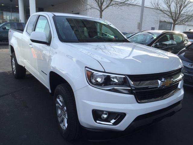 2018 Colorado Extended Cab 4x4 Pickup #166731 - photo 3