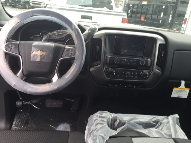 2018 Silverado 2500 Crew Cab 4x4, Pickup #221425 - photo 10
