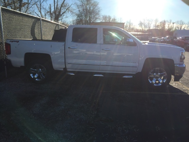 2018 Silverado 1500 Crew Cab 4x4 Pickup #238740 - photo 4