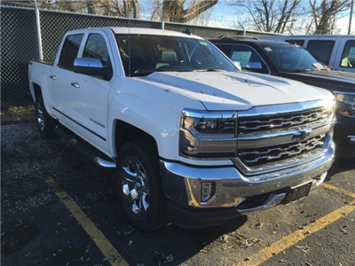 2018 Silverado 1500 Crew Cab 4x4 Pickup #238740 - photo 3