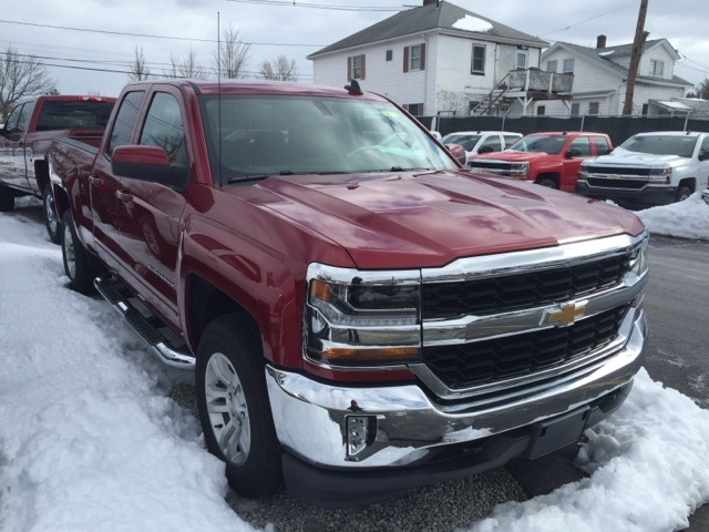 2018 Silverado 1500 Double Cab 4x4, Pickup #269749 - photo 2
