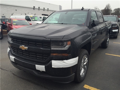2018 Silverado 1500 Crew Cab 4x4,  Pickup #320052 - photo 3