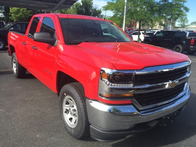 2018 Silverado 1500 Double Cab 4x2,  Pickup #359167 - photo 3
