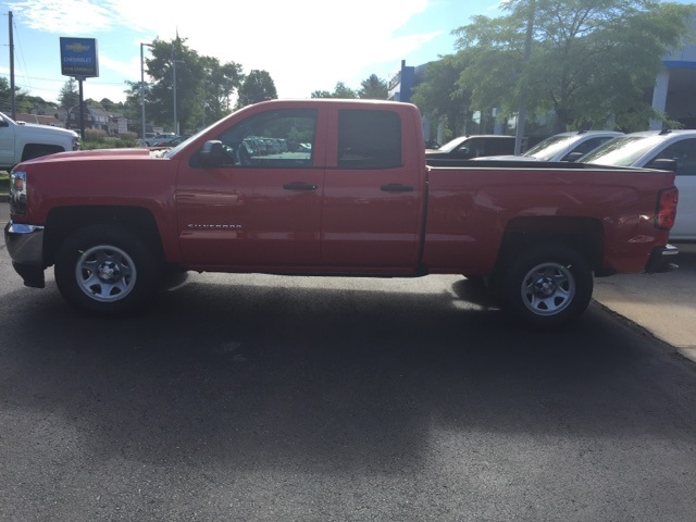 2018 Silverado 1500 Double Cab 4x2,  Pickup #359167 - photo 4